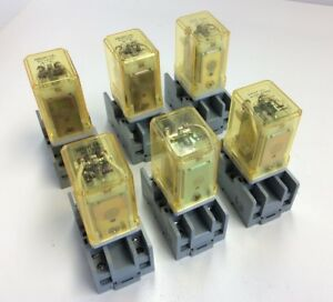 Lot Of 6 Idec Rr2p ul 120vac Ac120v Ice Cube Relay 2 Pole W Sr2p 05c Socket