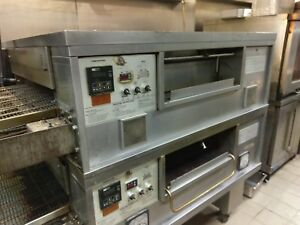 Middleby Marshall Ps555 Nat Gas Fired Conveyor Pizza Ovens 32 Wide Belt 90 wide