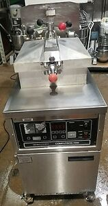 Used Henny Penny Model 600 Gas Pressure Fryer With Computron 7000