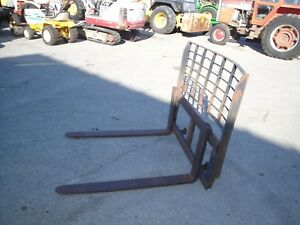 John Deere 675b Skid Steer 48 Inch Adjustable Pallet Forks
