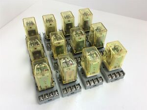Lot Of 12 Idec Rr2p ul 24vdc Dc24v Ice Cube Relay 2 Pole W Sr2p 06 Socket Base