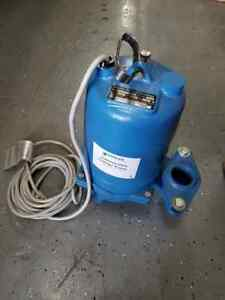 New Goulds Ws0511bf Submersible Sewage Pump 1 2 hp 115 volt
