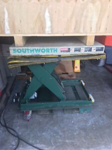 Southwort Backsaver Hydraulic Lift Table 4000 Lb Capacity