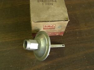 Nos Oem Ford 1957 1958 1959 Fairlane Thunderbird Distributor Vacuum Advance V8