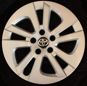 Genuine Toyota Prius Two Model Hubcap 15 61180a Wheelcover 42602 47180