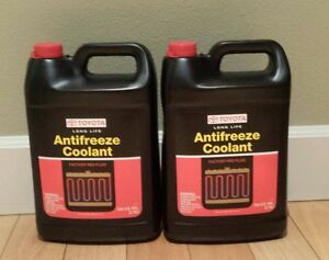 2 Gallon Long Life Red Coolant Antifreeze Genuine Lexus Toyota Fast Shipping