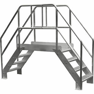 Bustin 32 in Spacesaver Crossover Ladder 4 steps 500lb Cap be3105