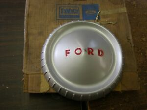 Nos Oem Ford 1961 1964 Econoline Van Pickup Wheel Cover Hub Cap 1962 1963 9 5