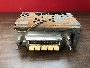 1963 Studebaker Lark Am Push Button Radio Original Delco 818