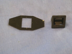 Mg New Mgb Roadster Gt Centre Console 2 Piece Base Repair Plate Catch Eb76