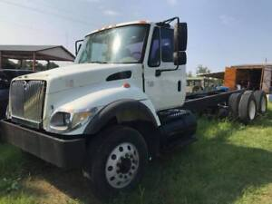 2002 International 7400 Tandem Axle Cab Chassis Dt530 Air Conditioning