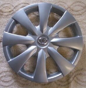 Genuine Toyota Corolla Silver Hub Cap 08 09 For 15 Wheel 61147 Chrome Emblem
