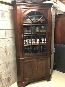 Stickley Solid Mahogany Chippendale Style Corner Cabinet 4108