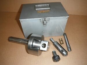Bridgeport Milling Machine Boring Head No 2 R8 Shank With Accessories Used Gc