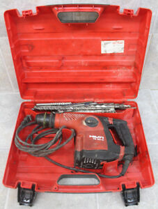 Hilti Te 30 Rotary Hammer Drill With 17 Used Bits