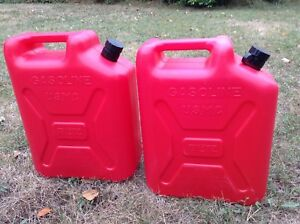 Vintage Blitz 5 Gallon Plastic Gas Cans Pull Out Spout Usmc 11850
