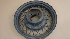 V8 Ford 17 Wire Wheel Mt 2268