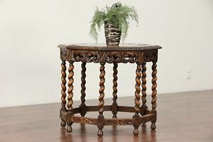 English Tudor Octagonal Antique Oak Coffee Or Chairside Table 29928
