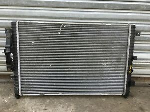 99 04 Land Rover Discovery Engine Cooling Radiator E