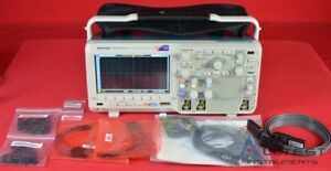 Tektronix Mso2012b Mixed Signal Oscilloscope