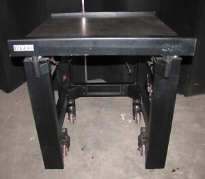 Wyko Optical Vibration Isolation Table 34 x 32 x 32 2612