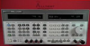 Hp Agilent 8644a 001 004 Synthesized Signal Generator 252khz 1030mhz