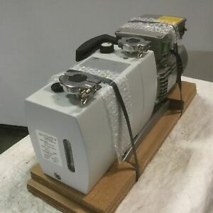 New Ilmvac P12z 322005 Two Stage Rotary Vane Vacuum Pump 11m h 2x10 3 100 240ac