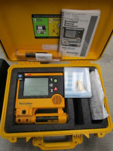 Welch Allyn Aed20 With Two Batteries Hard Case