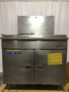 Pitco Donut Fryer Model 34p 210lb Capacity local Pickup Only