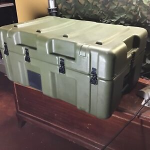 Hardigg 33x21x15 Waterproof Military Grade Shipping Case Container Hinged Foam