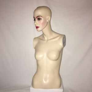 Mannequin Female Upper Torso And Head Realistic Store Hat Jewelry Display