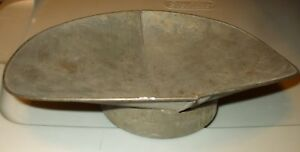 Antique Grocery Store Scale Pan Scoop Flat Bottom Candy Produce Grain D33567