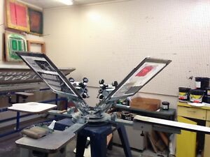 4 Arm Dynamic Screen Printing Station With 4 Platens