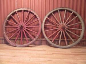 2 Matched Antique 30 5 Wooden Spoke Horse Drawn Buggy Wagon Wheel Carriage