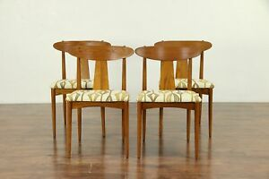 Set Of 4 Midcentury Modern 1960 Vintage Dining Chairs New Upholstery 30319