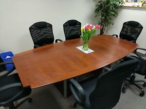 Paoli 8 Boat shape Conference Table