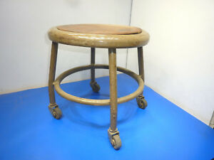 Rare Vintage Royal Industrial Metal Stool 1950 S With Wheels 14 Tall Used