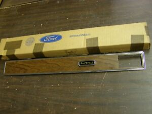 Nos Oem Ford 1971 1972 Galaxie 500 Ltd Dash Trim Panel Emblem Ornament