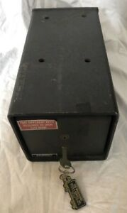 Vintage Heavy Duty amsec American Security Floor Safe With Only 1 Key