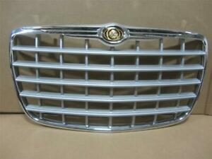 Oem 2005 2010 Chrysler 300 Front Grille Grill W Emblem Silver Chrome 04806455aa