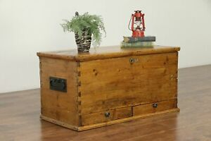 Country Pine Antique Trunk Blanket Chest Or Coffee Table 30530
