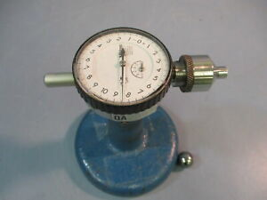 Mitutoyo 2109f 11 Micron Dial Indicator 0 1mm Stand