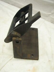 Antique Cast Iron Toilet Paper Roll Holder Wooden Bar Fancy The Springfield