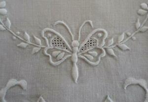 Heirloom Vintage Linen Hand Towel Honeycomb Lace Butterfly Embroidery