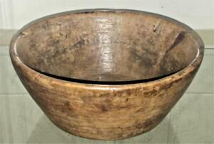 Beautifully Patinated Tactile 17th 18th C Treen Turned Fruitwood Bowl