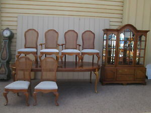 59052 Thomasville 8 Piece Dining Room Set China Table W Leafs 6 Chairs Chair