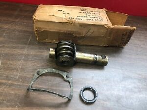 1961 63 Ford Truck 4x4 Steering Sector Shaft Nos 219