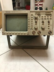 Tektronix Tds360 Two Channel 200 Mhz Oscilloscope