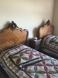 Louis Xv Provincial Style 19 20th Cent Walnut Twin Bed Antique Stunning Free