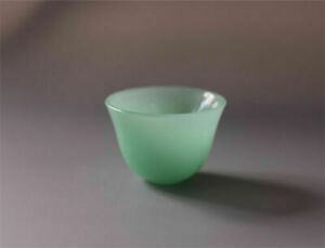 Chinese Natural Jade Handmade Carved Pure Small Light Green Bowl Cup